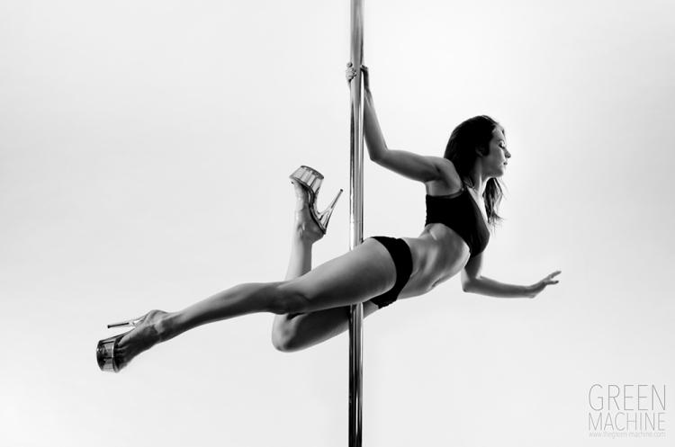 Pole dance photography